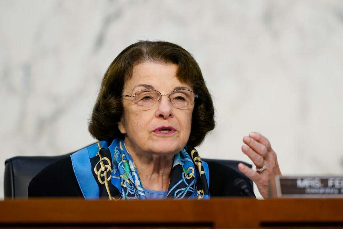 A reader says Sen. Dianne Feinstein, D-Calif., should make a strong statement soon on voting to end the filibuster rule.
