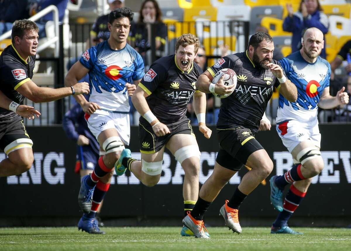El hooker argentino Diego Fortuny, quien avanza con la pelota en un partido de la temporada pasda en el AVEVA Stadium,  arranca una nueva campañaen la Major League Rugby (MLR) junto a los SaberCats de Houston.