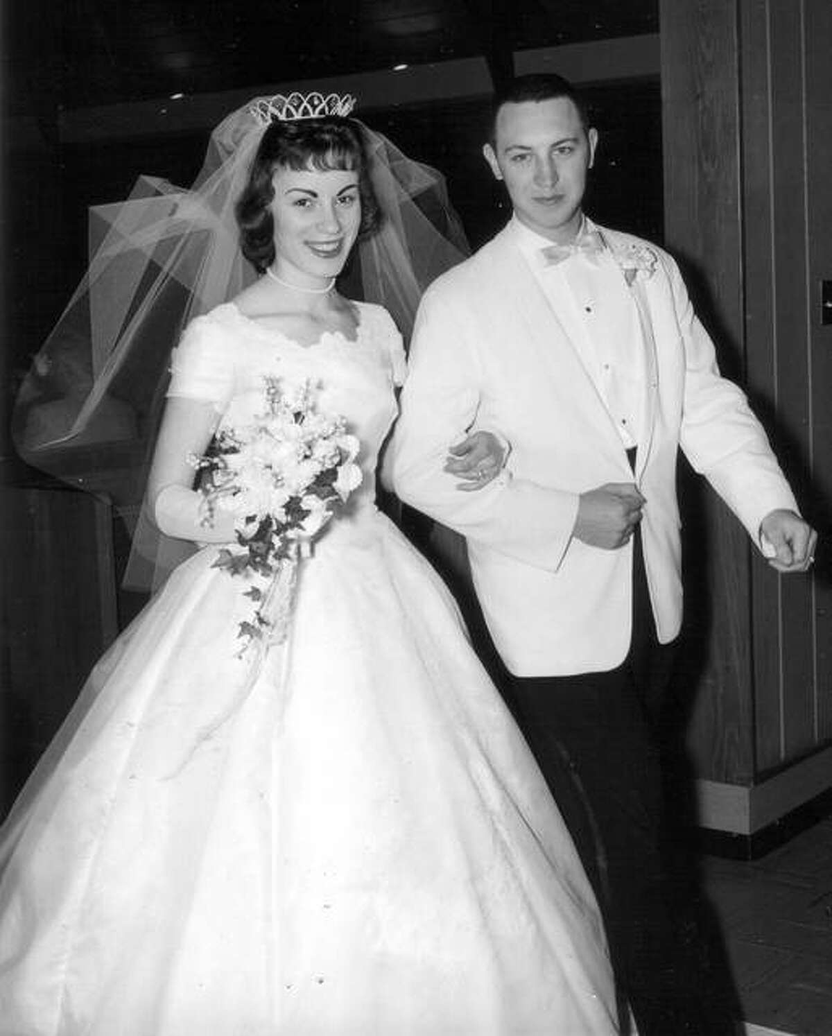 Charlie and Ellie Dralle at their wedding