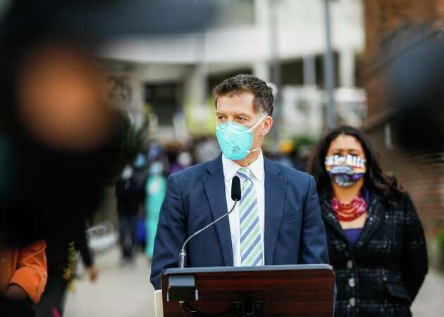 Story photo for Delta variant in Bay Area: 'This is not a good time to be unvaccinated'