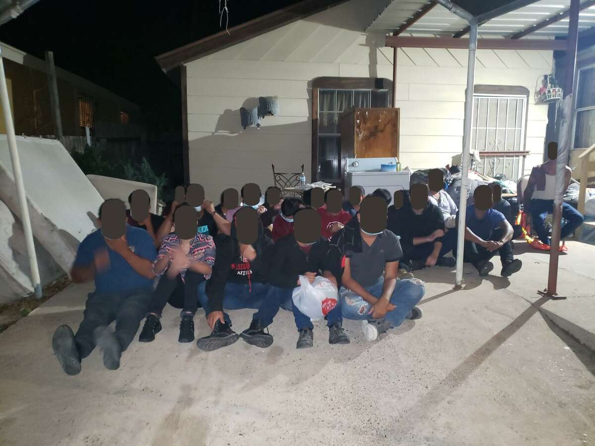 U.S. Border Patrol agents and Laredo police officers detained 22 immigrants at a stash house on Alvarado Lane in south Laredo.