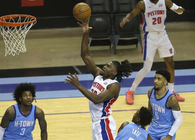 Detroit Pistons center Isaiah Stewart (28) aims for the basket during the second quarter of the NBA game against the Houston Rockets Friday, March 19, 2021, at Toyota Center in Houston. Photo: Yi-Chin Lee/Staff Photographer / © 2021 Houston Chronicle