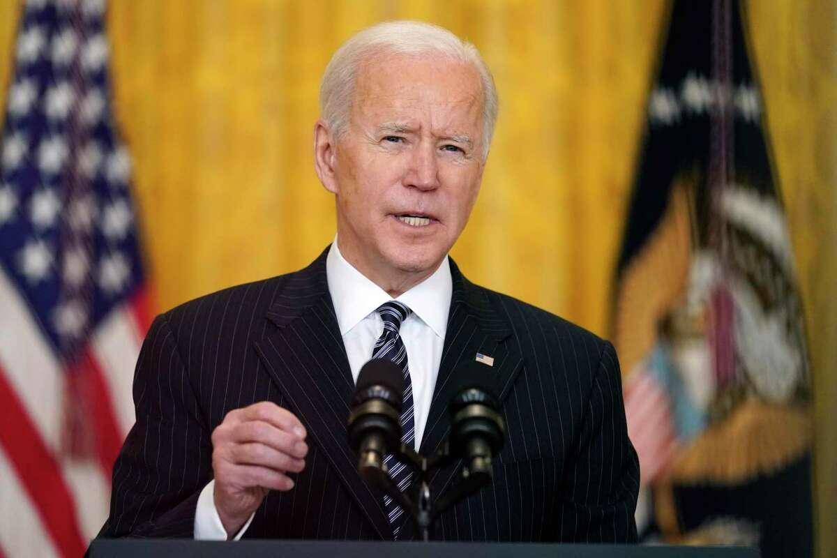 El presidente estadounidense Joe Biden habla sobre las vacunaciones del coronavirus en la Casa Blanca el jueves, 18 de marzo del 2021.