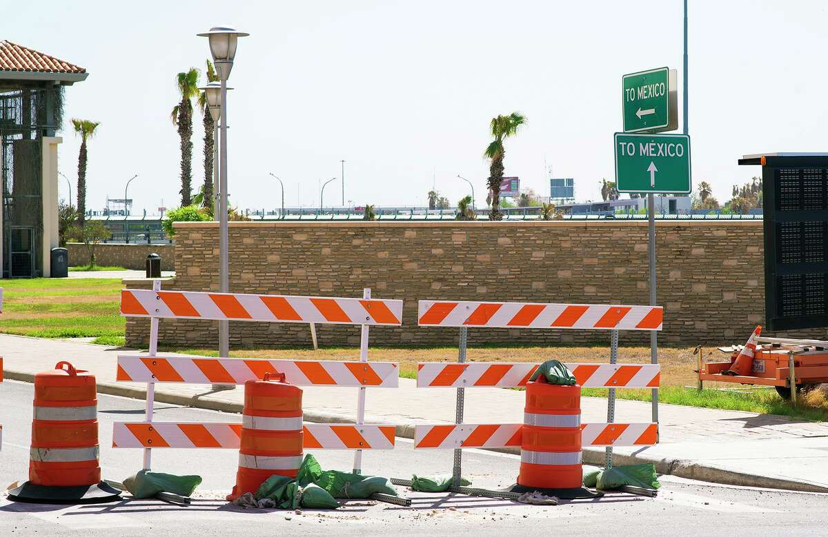 Entry into Mexico via the Gateway to the Americas International Bridge remains closed as seen Thursday, Mar. 18, 2021.