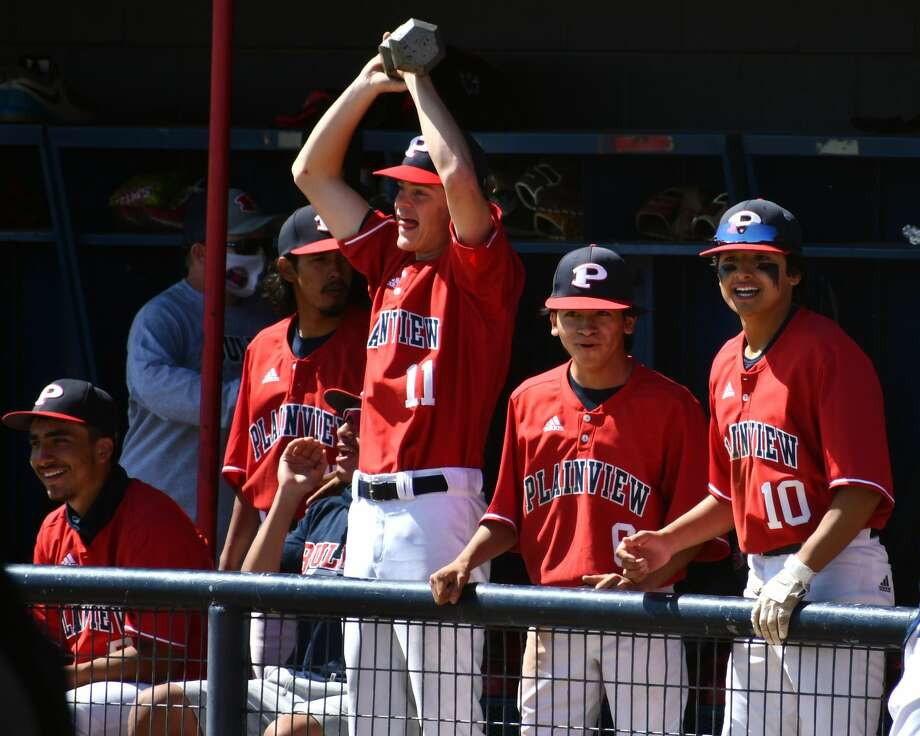 Plainview defeated Amarillo Tascosa 7-3 in a District 3-5A baseball game on Saturday at Bulldog Park. Photo: Nathan Giese/Planview Herald