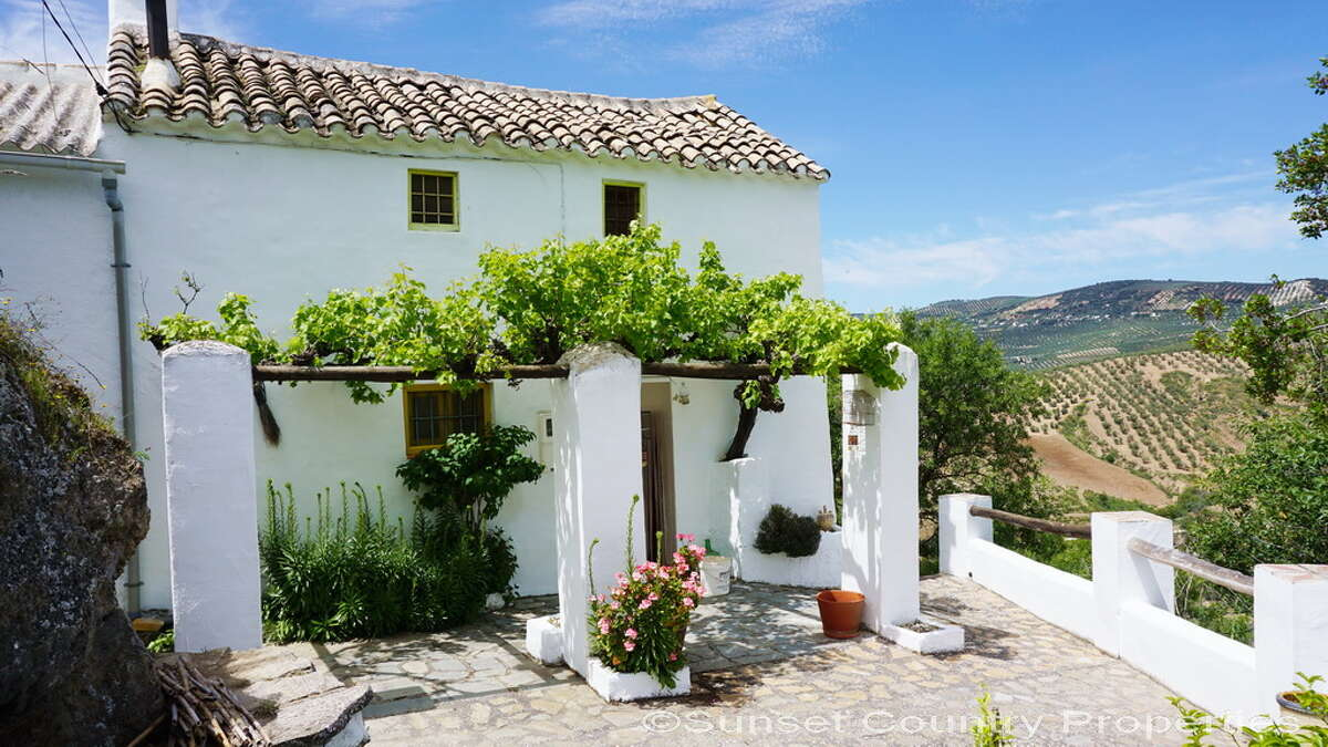 A historic cottage in southern Spain for €99K, via Cheap Old Houses Abroad and Sun Country Properties.