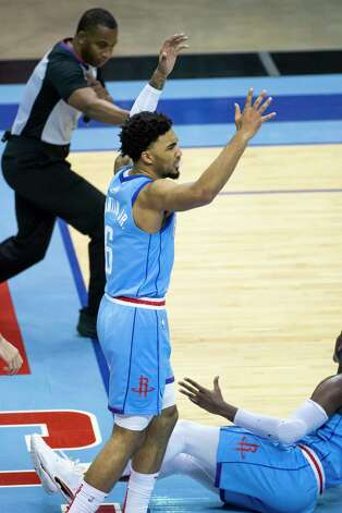 Houston Rockets forward Kenyon Martin Jr. (6) reacts to a foul call during the second quarter of an NBA game between the Houston Rockets and Oklahoma City Thunder on Sunday, March 21, 2021, at Toyota Center in Houston, TX. Photo: Mark Mulligan, Staff Photographer / © 2021 Mark Mulligan / Houston Chronicle