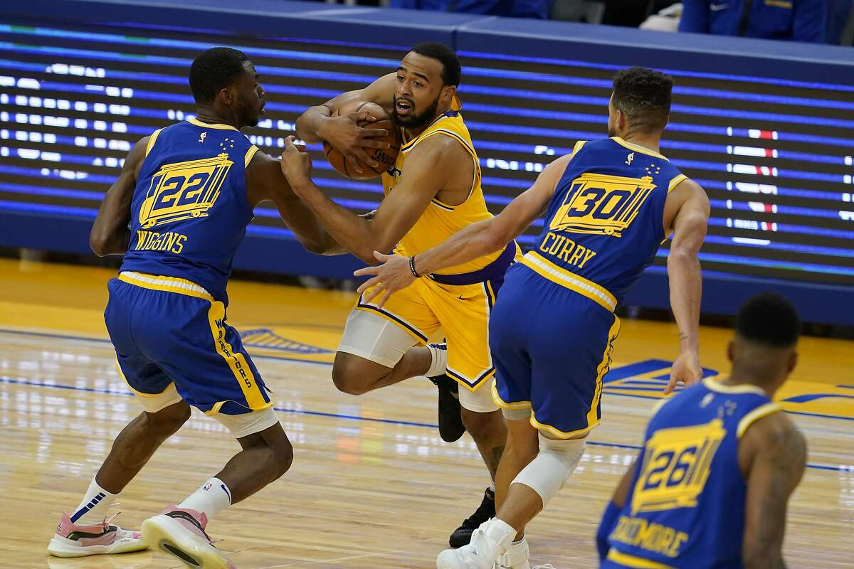 Why oh why can't the piping on NBA players' uniforms go all the way around the shoulder opening?