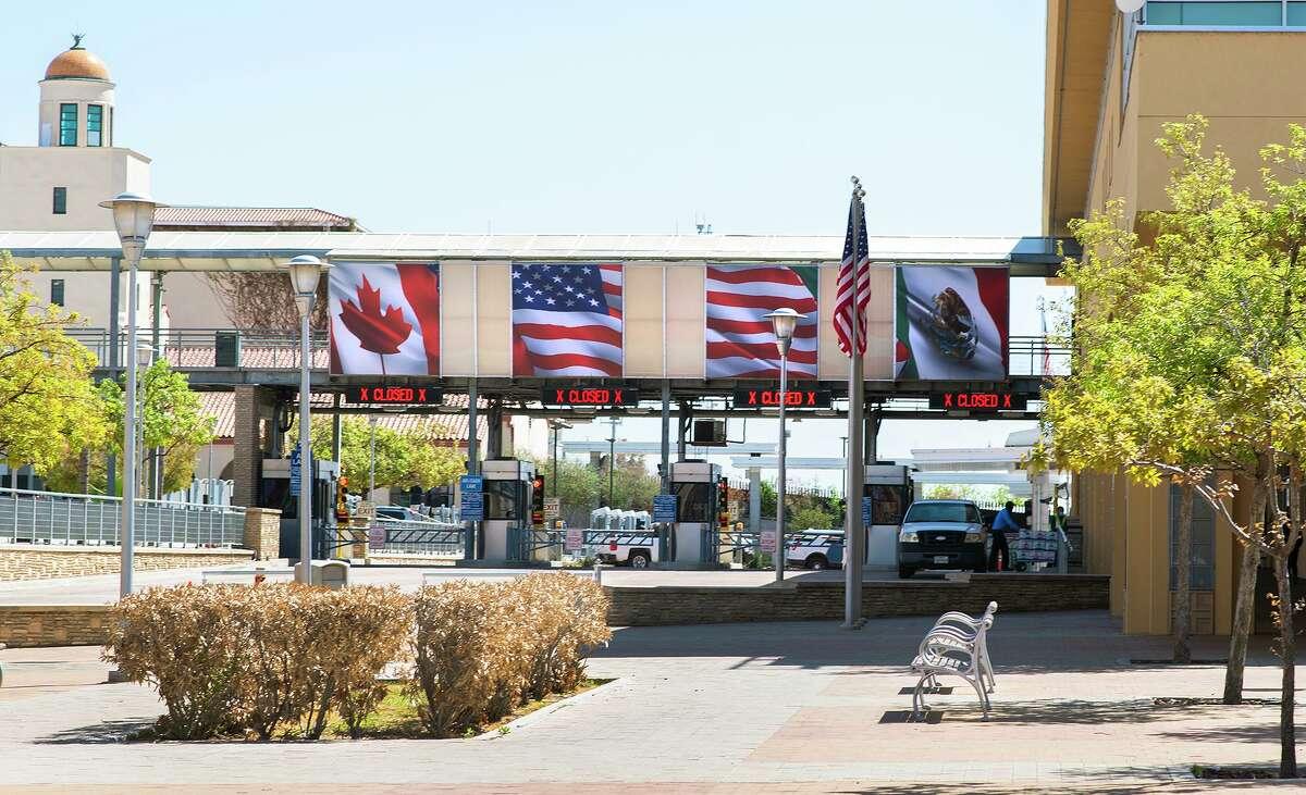 La entrada hacia México vía el Puente Internacional Portal de las Américas permanece cerrado el jueves 18 de marzo de 2021.