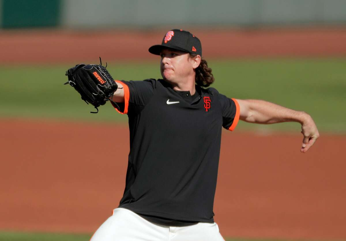 Scott Kazmir (16) as the San Francisco Giants worked out at Scottsdale Stadium in Scottsdale, Ariz., on Thursday, March 4, 2021.