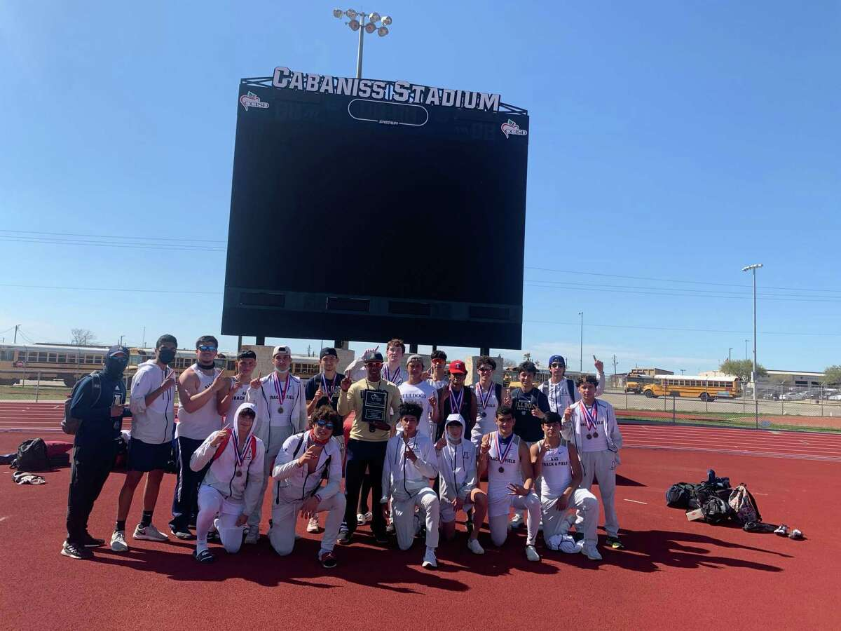 The Alexander boys' track and field team won the Chatter Allen Relays last week.