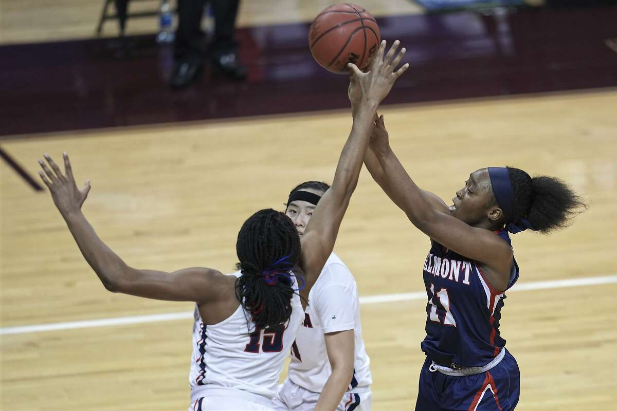 Belmont's Destinee Wells (11) shoots over Gonzaga's Yvonne Ejim (15) during the second half of a college basketball game in the first round of the NCAA women's tournament at University Events Center in San Marcos, Texas, Monday, March 22, 2021. (AP Photo/Chuck Burton)