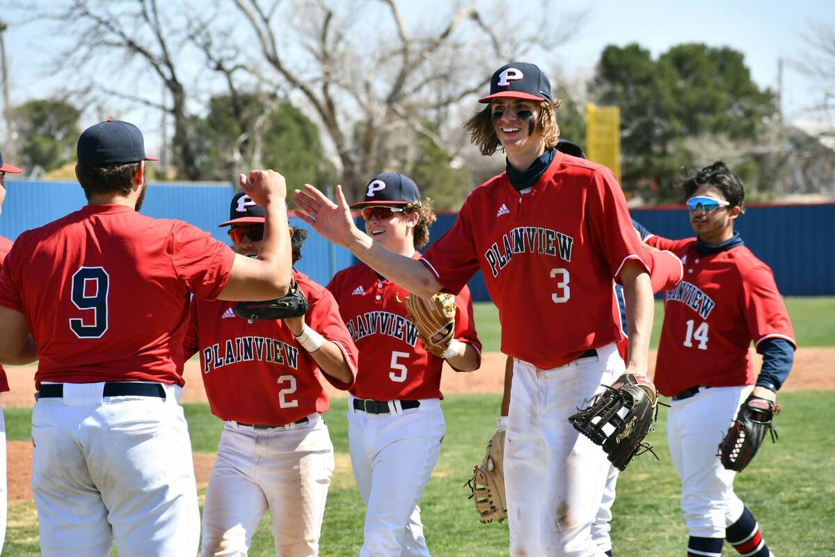 The Plainview baseball team is optimistic about its chances as District 3-5A play kicks into high gear.