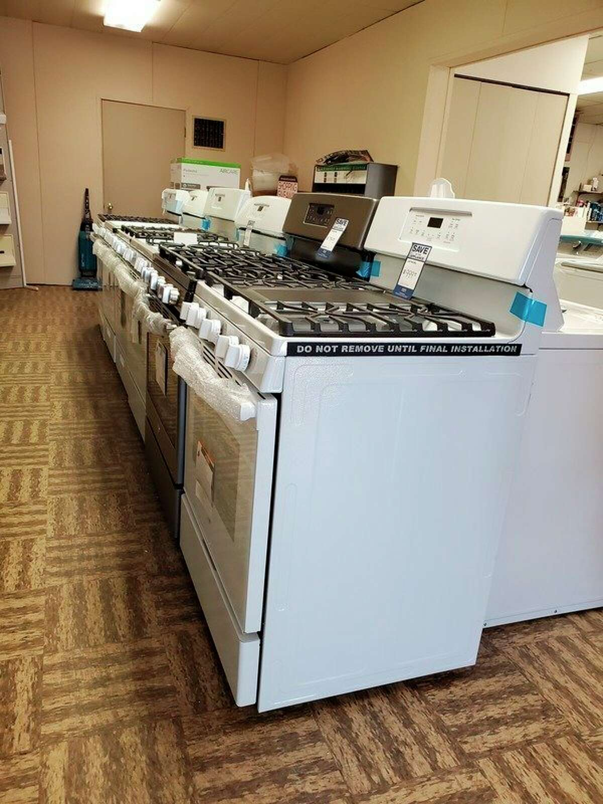 Thumb Hardware maintained an inventory of appliances throughout the pandemic despite increased demand and production shortages. (Scott Nunn/Tribune File Photo)