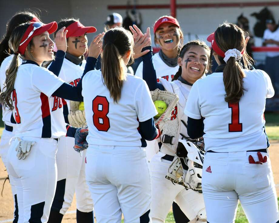 Plainview hosted Amarillo in a District 3-5A softball game on Tuesday at Lady Bulldog Park. Photo: Nathan Giese/Planview Herald