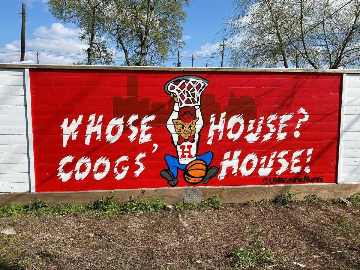 A mural at East End Backyard supporting University of Houston before its Sweet 16 game on Saturday, March 27, 2021.