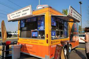 Más Pika food truck