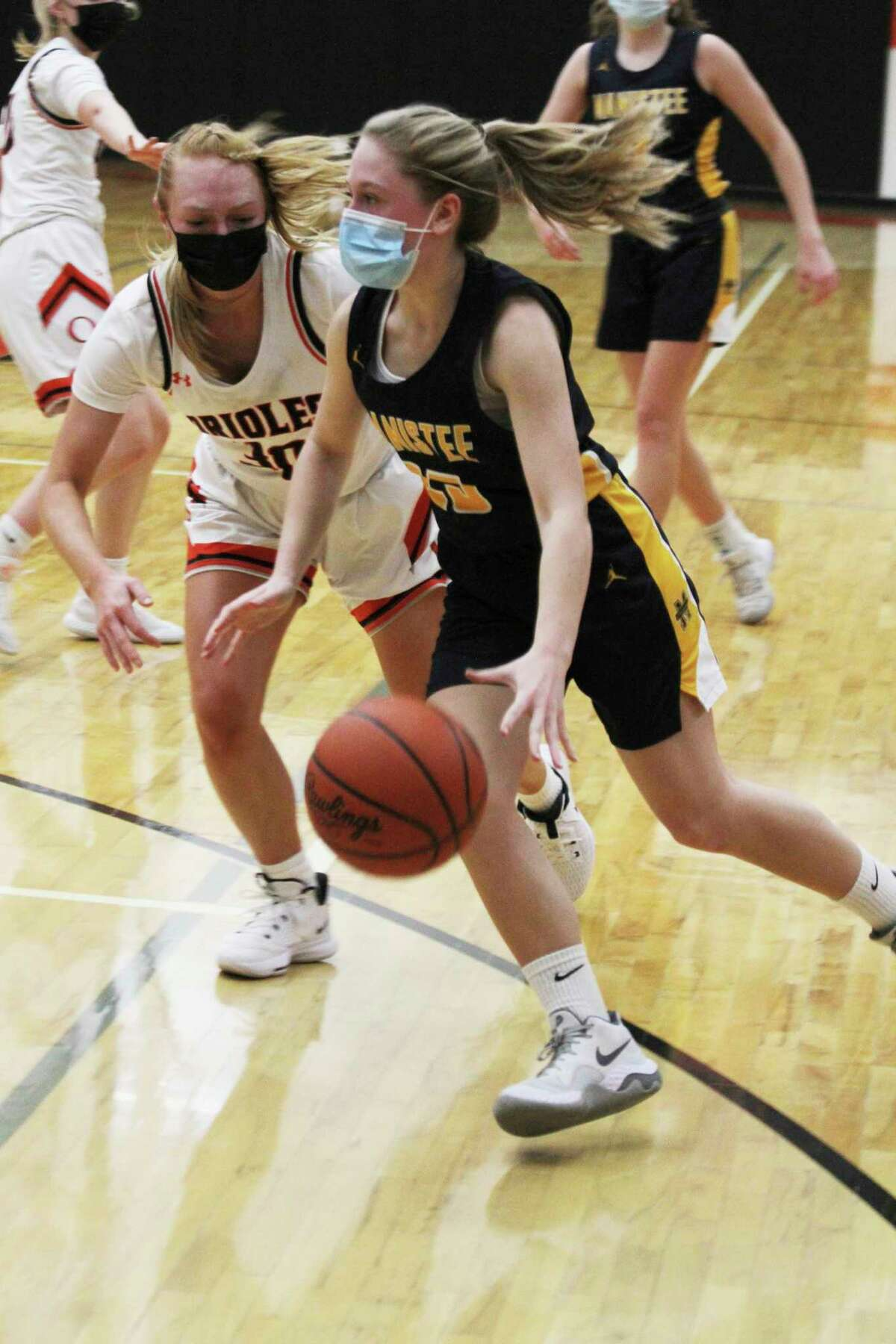 Manistee's Lacey Zimmerman led the Chippewas with nine points Wednesday night in their district semifinal loss to Ludington in Kingsley. (Dylan Savela/News Advocate)