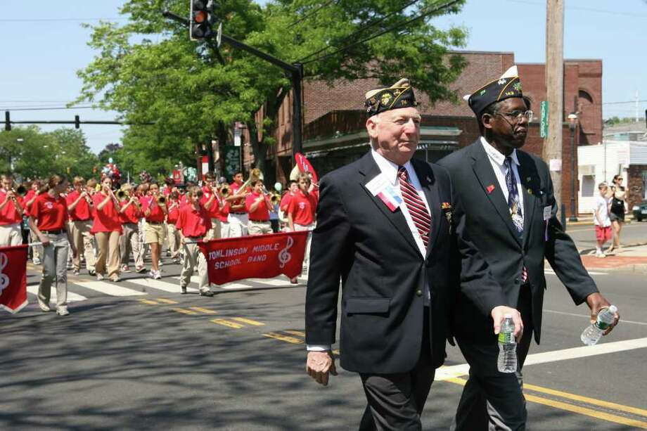 The Fairfield Memorial Day parade marches through downtown on Monday, May 31, 2010. Photo: B.K. Angeletti / Connecticut Post