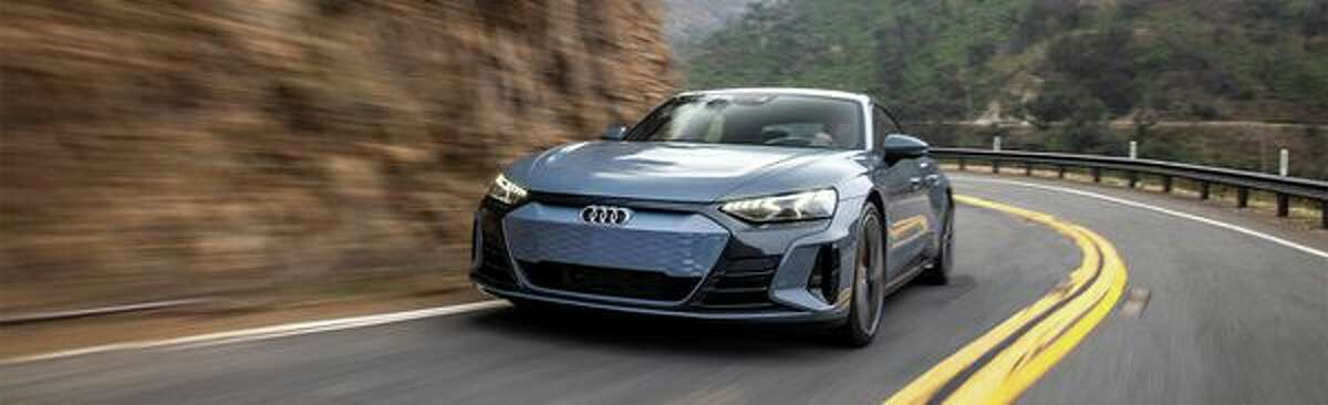 Audi 2022 Audi e-tron GT