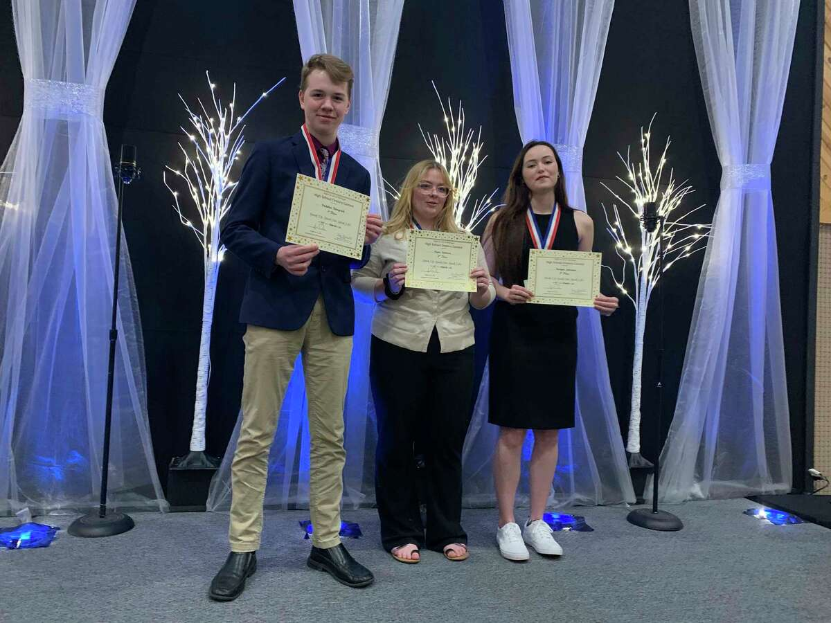 Manistee County Right to Life oratory contest winners for 2021 are (from left)MalakaiHonyoust, Piper Salmon andBergen Johnson.(Courtesy Photo)