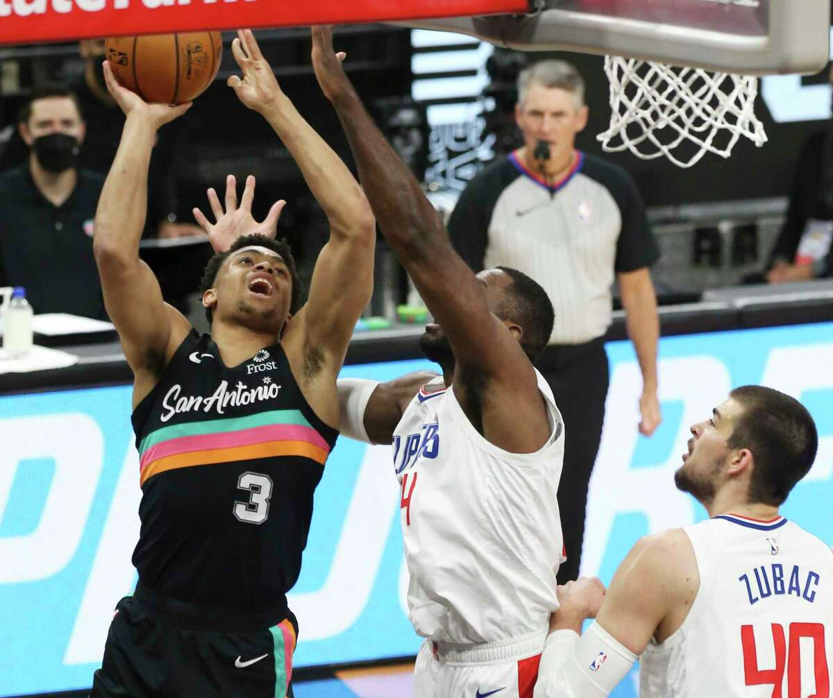Keldon Johnson became the first Spurs player since Tim Duncan to have a 20-point, 20-rebound double-double with 23 points and 21 rebounds in a victory against the Cavaliers on March 19.
