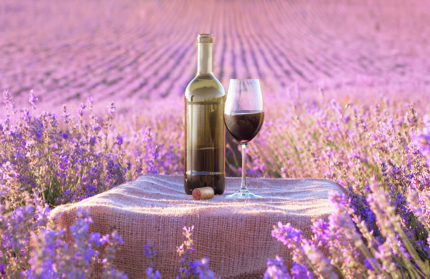 Enjoy the perfect bottle of wine this Spring with this special offer from Firstleaf.
