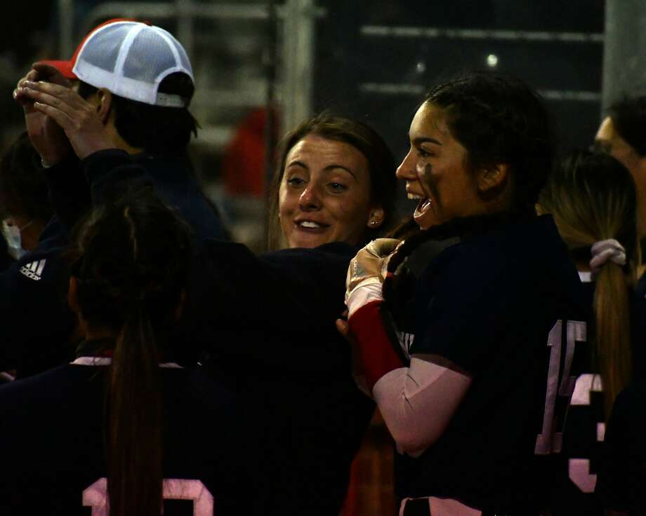 Plainview rolled to an 18-8 win over Amarillo Tascosa in a District 3-5A softball game on Friday at Lady Bulldog Park. Photo: Nathan Giese/Planview Herald