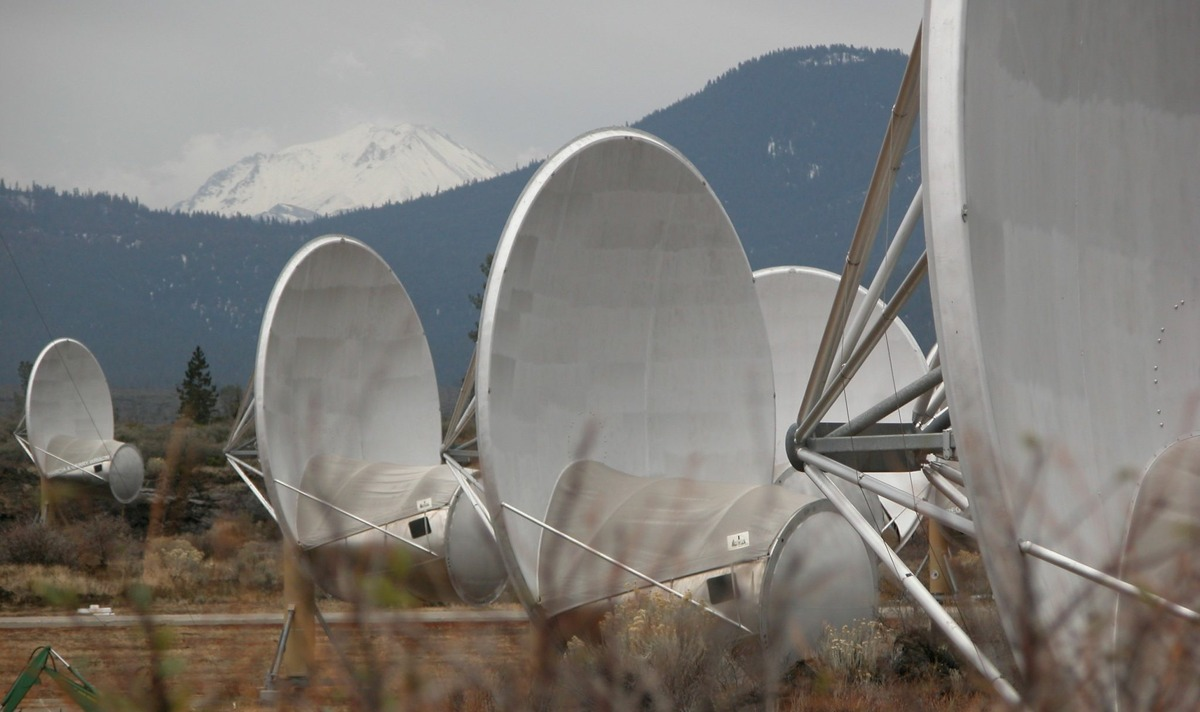 These 20-foot-wide instruments are part of the initial phase of a planned 350-dish Allen Telescope Array. They are designed and operated to consistently and systematically scan the skies for radio signals possibly sent by advanced civilizations from distant star systems and planets. Photographed December 17, 2009 in Hat Creek, CA.
