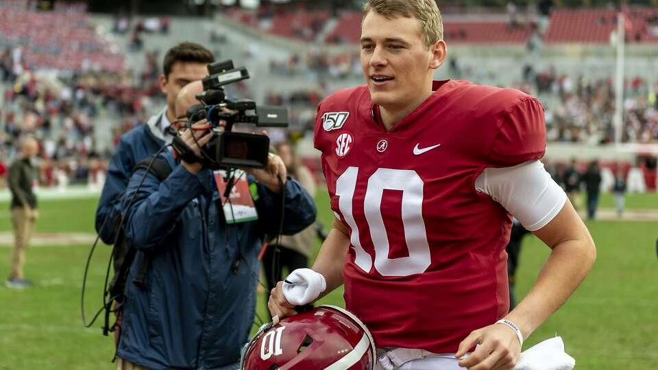 Alabama's Mac Jones on 49ers' buzz: 'It takes one team to kind of fall in love with a guy'