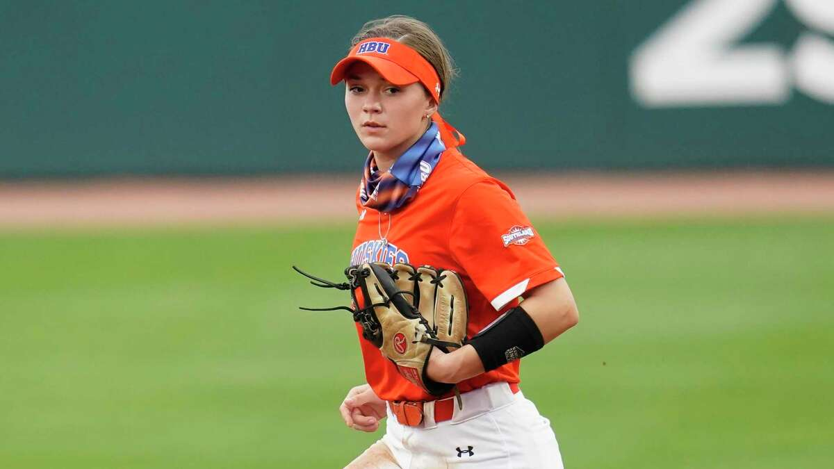 HBU infielder Jasie Roberts (1) runs toward second base during an NCAA softball game on March 16 in College Station.