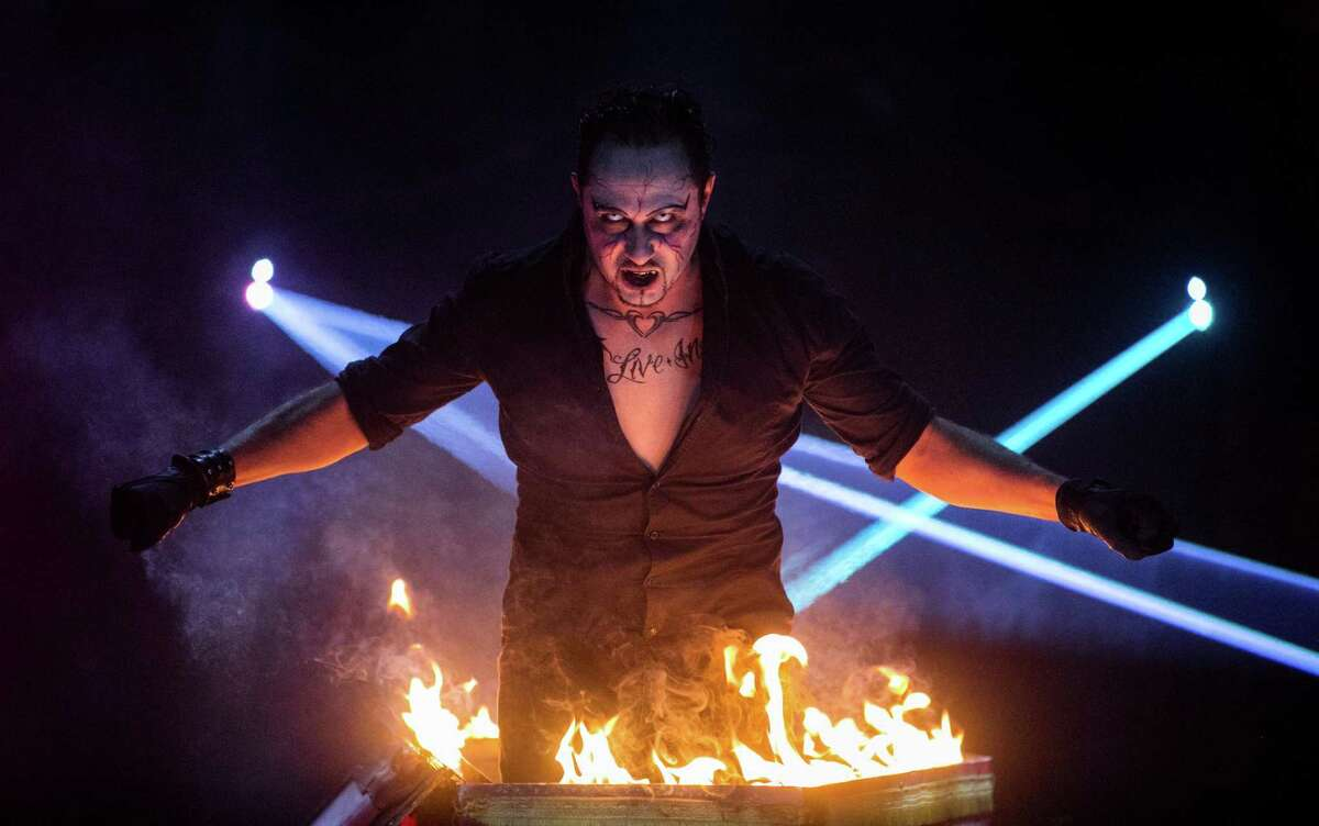 James Giroldini performs magic in the horrific atmosphere of Paranormal Cirque.