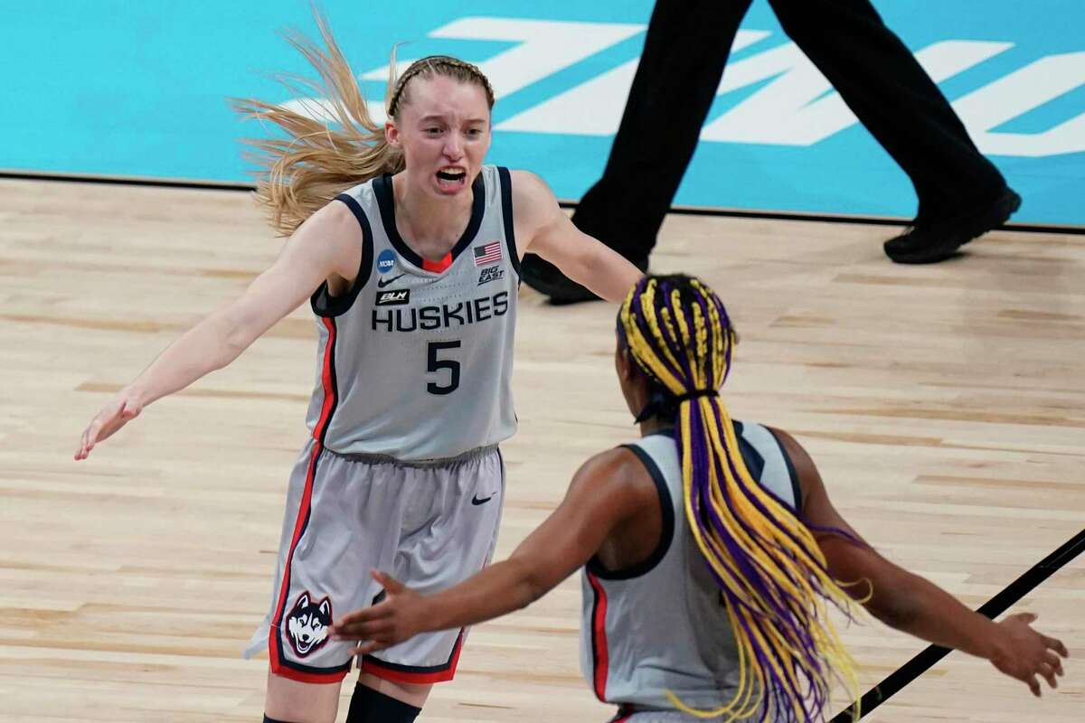 March Madness: UConn vs. Arizona The Huskies have advanced to their 13th straight Final Four. This time, they'll take on Alabama for a spot at the championship. Tipoff is at 9:30 p.m. on Friday. Find out how you can watch the game.