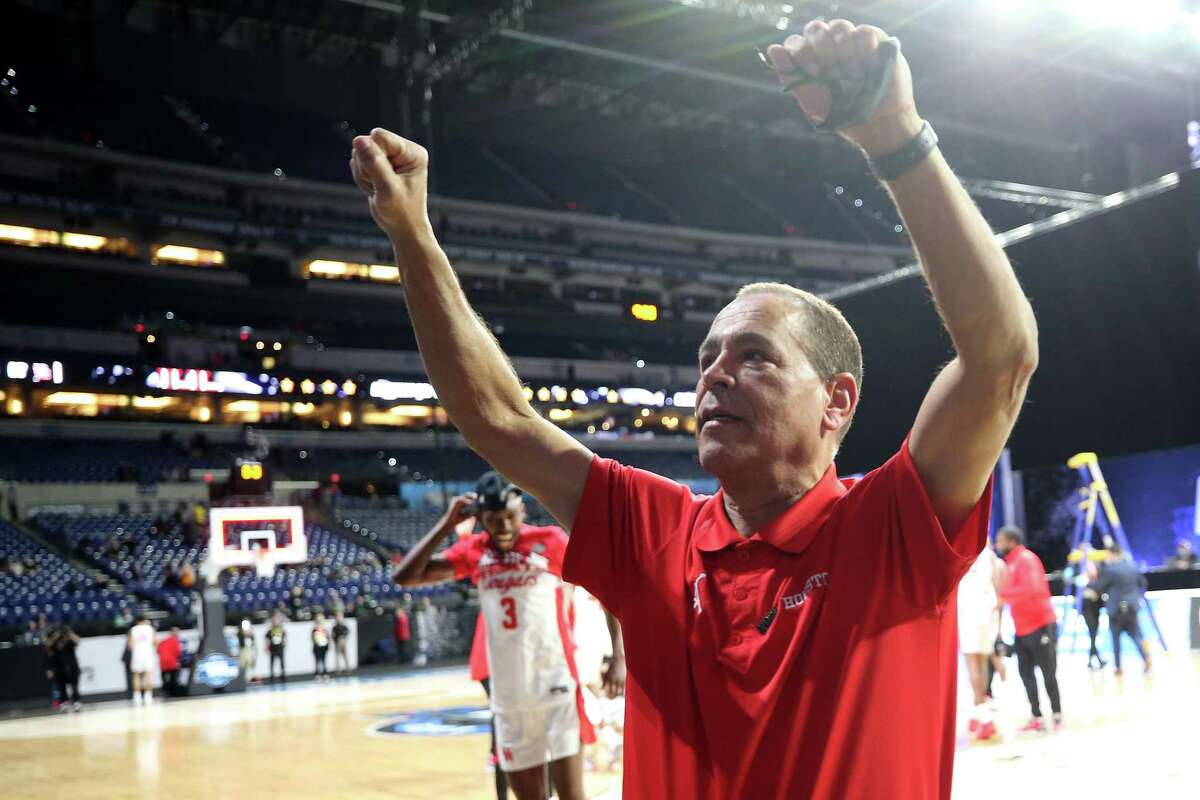UH's Final Four run has triggered several incentives in Kelvin Sampson's contract.