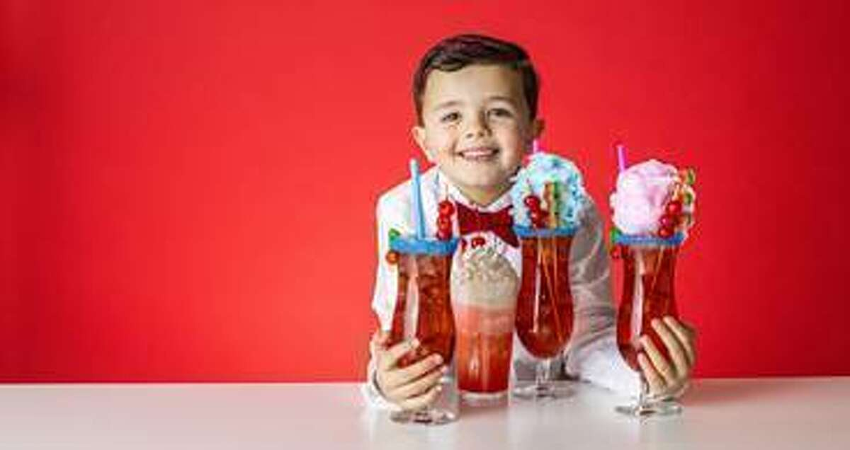 Leo Kelly, the Shirley Temple King