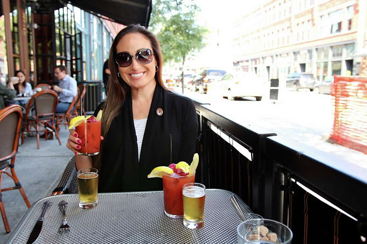 According to voters, Amanda Spencer has been selected the Best Social Media Influencer in San Antonio in this year's Readers' Choice Awards, and with good reason.