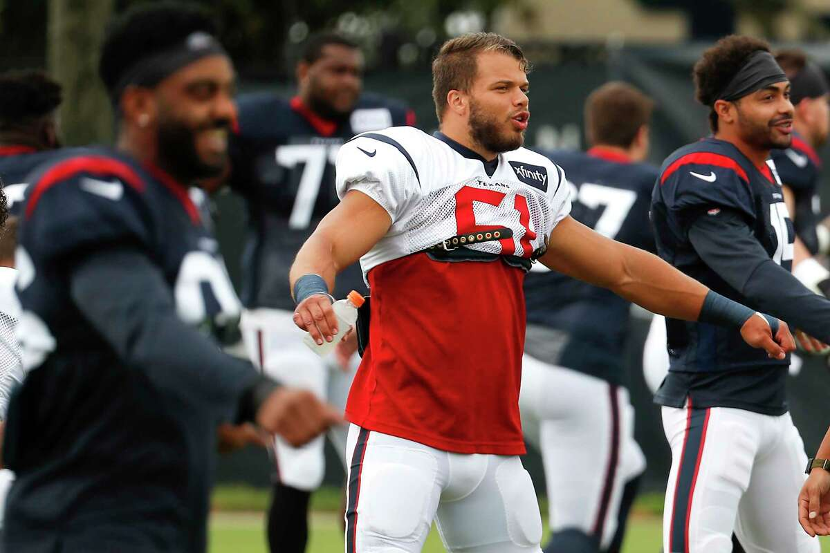 Former Texans inside linebacker Dylan Cole is visiting the New York Giants, according to a league source not authorized to speak publicly.