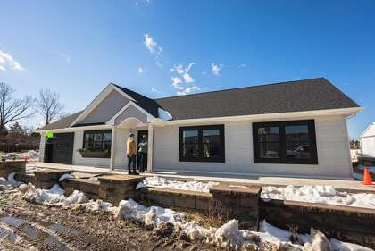 Home 3D printing company SQ4D, Inc. built its first model home in Calverton, NY.  A 1,900 square foot house that was home was completed in 48 hours of printing over an eight day period.