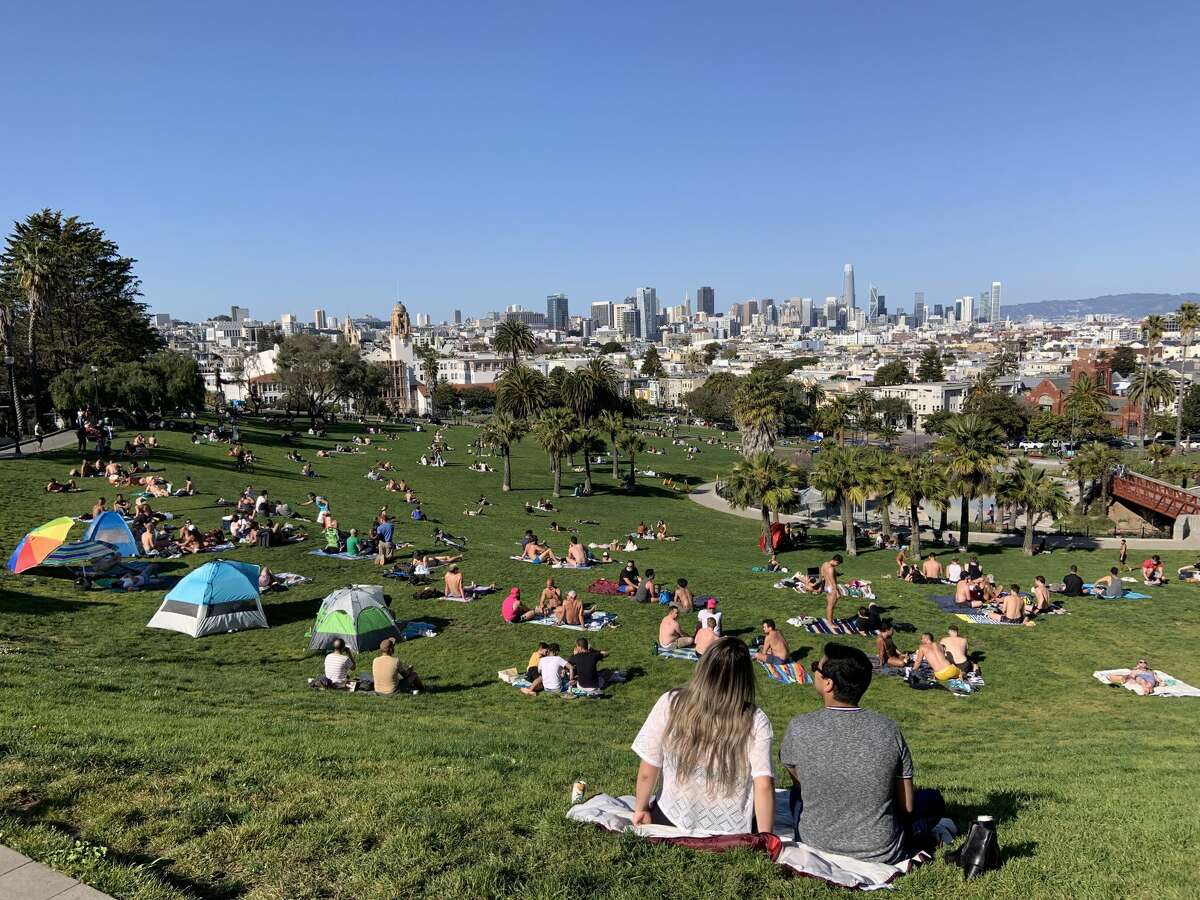 Dolores Park filled up with sunbathers on March 31, 2021.
