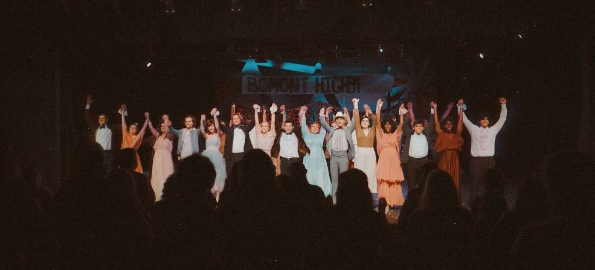 """The cast of """"Footloose"""" at the Owen Theatre took its final bow on Sunday as the show ended its run."""