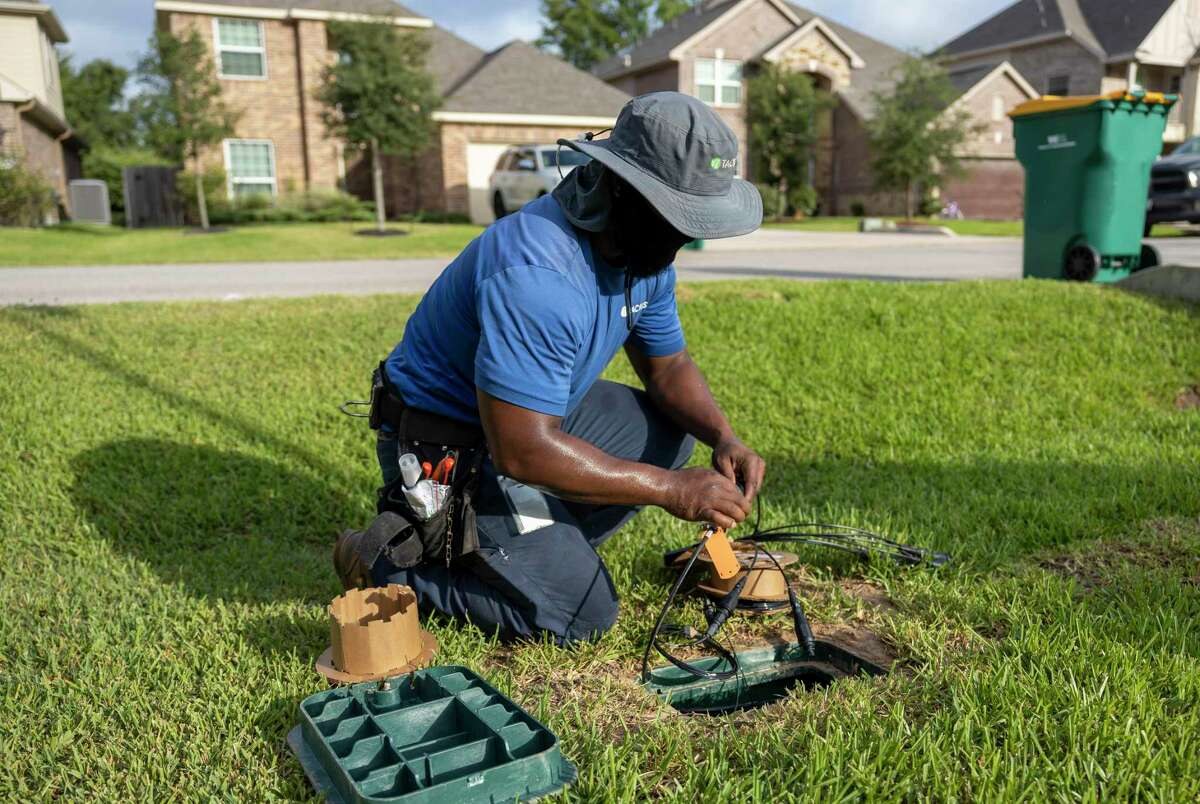 As the community grapples with a plague of broken utility lines, officials at The Woodlands Township revealed on Wednesday how big the problem has gotten and discussed possible solutions.