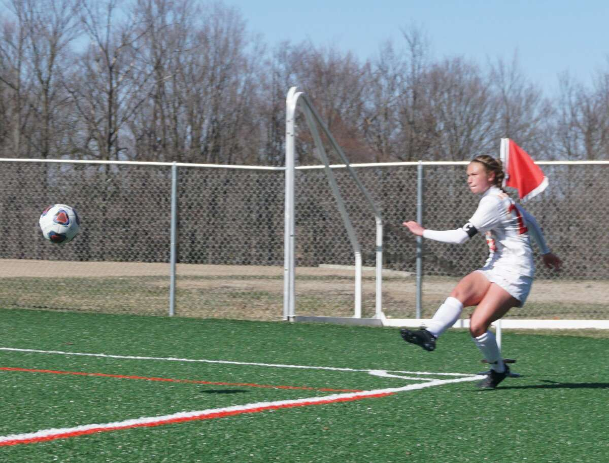 The Ferris State soccer team kept its undefeated record intact with a 3-0 win over Davenport on Thursday afternoon.
