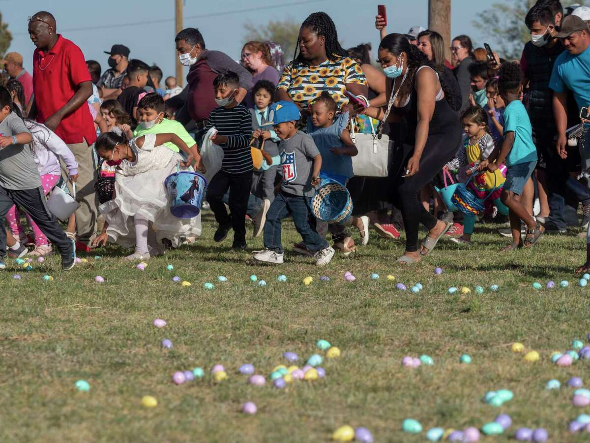 Children make a mad dash for Easter eggs 04/01/21 at the MLK Park during the Easter Eggstravaganza. Tim Fischer/Reporter-Telegram