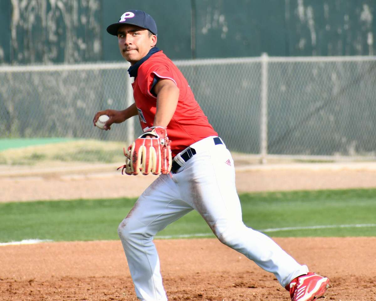 Zach Hernandez hit a two-run double in the fifth inning to pad Plainview's lead.