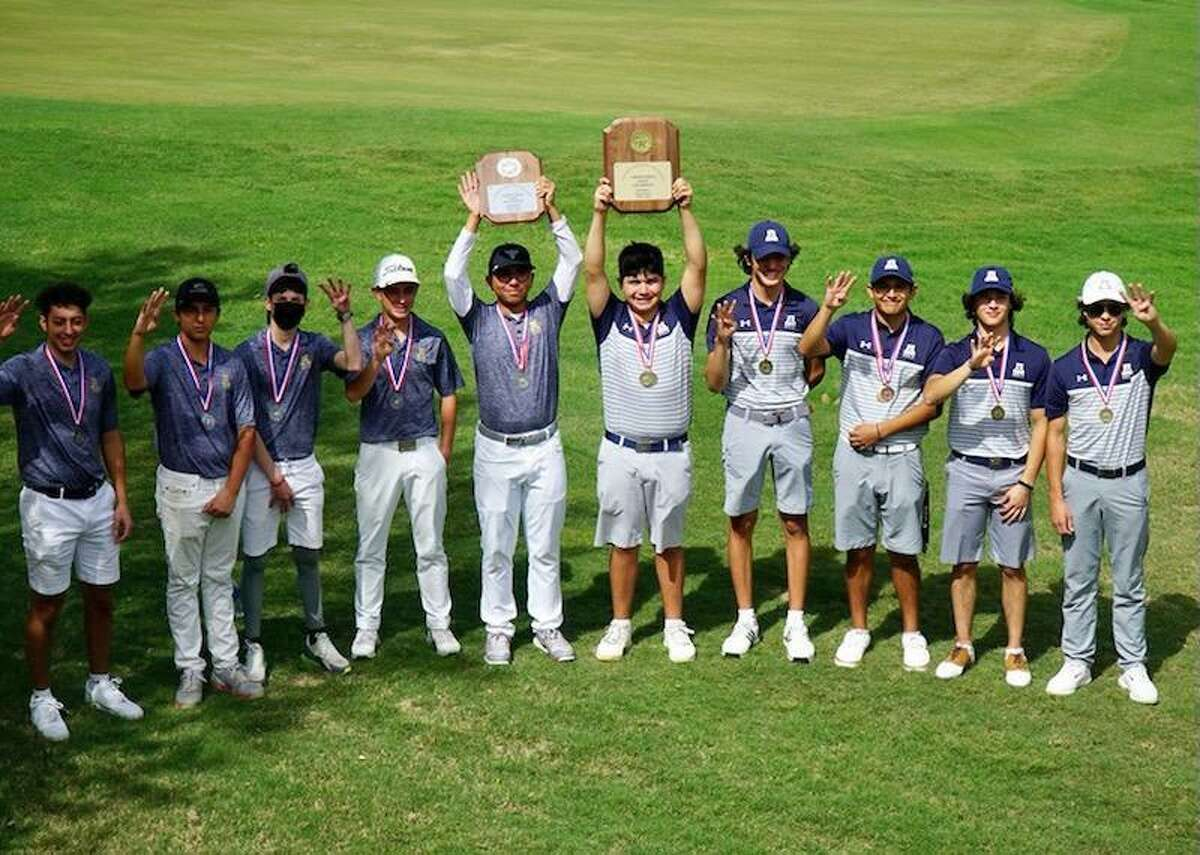 The Alexander Gold team, right, won the District 30-6A title Thursday, and the Blue team placed second to also earn a berth to the regional tournament.