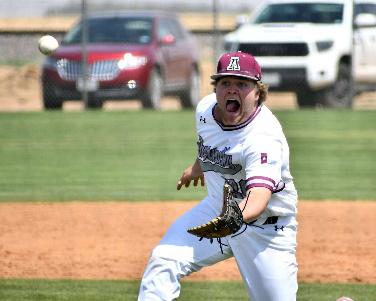 Abernathy's Landry Thornton makes a sliding catch to help preserve the Antelopes' 11-10 win over Idalou in a District 2-3A baseball game on Friday at Abernathy.