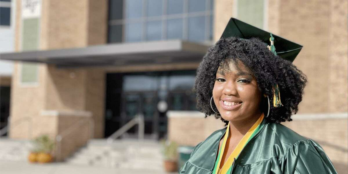 Klein Forest High Senior Asiah Donahue, who is a Dell Scholar and received two full-ride offers from Xavier University of Louisiana and the University of North Texas.