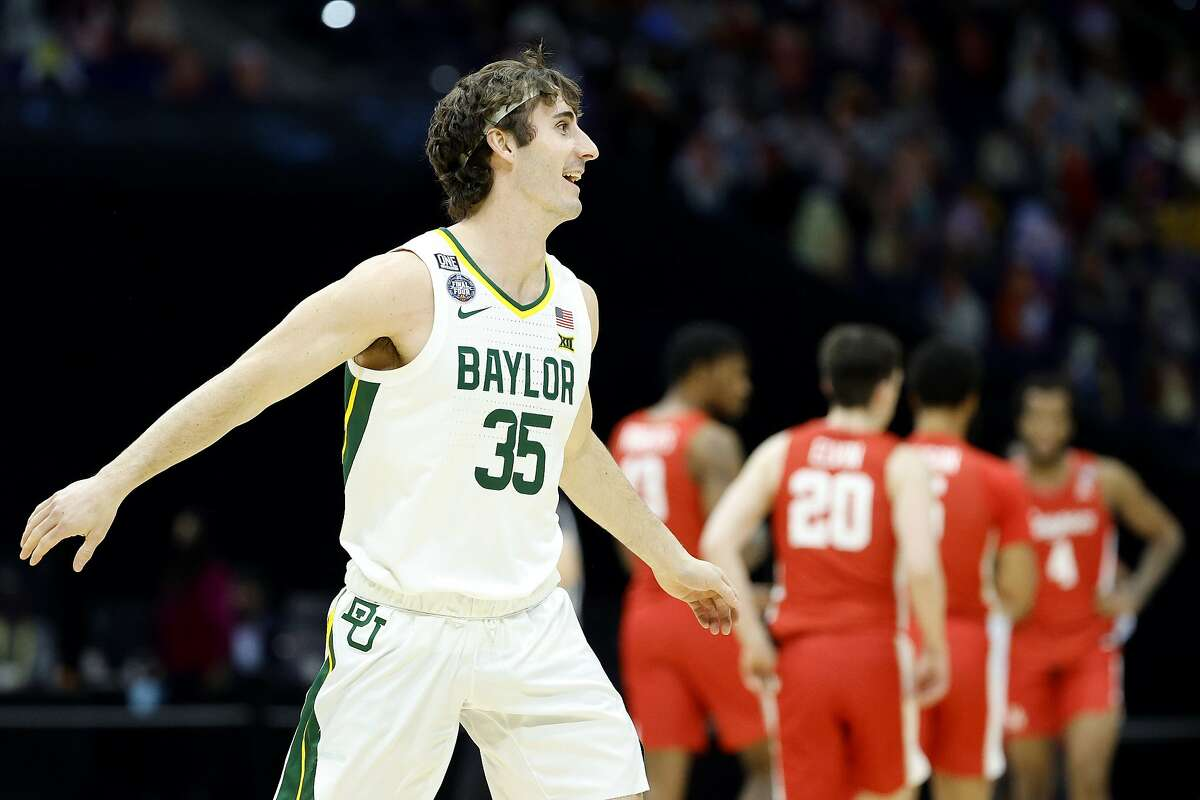 Mark Paterson of Baylor celebrates defeating the Houston Cougars 78-59 in the 2021 NCAA Final Four semifinal to advance to the National Championship game at Lucas Oil Stadium on April 03, 2021 in Indianapolis, Indiana. (Photo by Tim Nwachukwu/Getty Images)