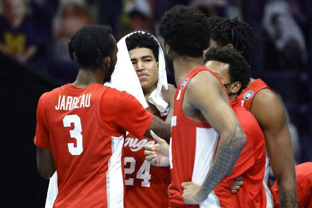 INDIANAPOLIS, INDIANA - APRIL 03: Quentin Grimes #24 of the Houston Cougars reacts with teammates after being defeated by the Baylor Bears 78-59 during the 2021 NCAA Final Four semifinal at Lucas Oil Stadium on April 03, 2021 in Indianapolis, Indiana. (Photo by Tim Nwachukwu/Getty Images) Photo: Tim Nwachukwu/Getty Images / 2021 Getty Images