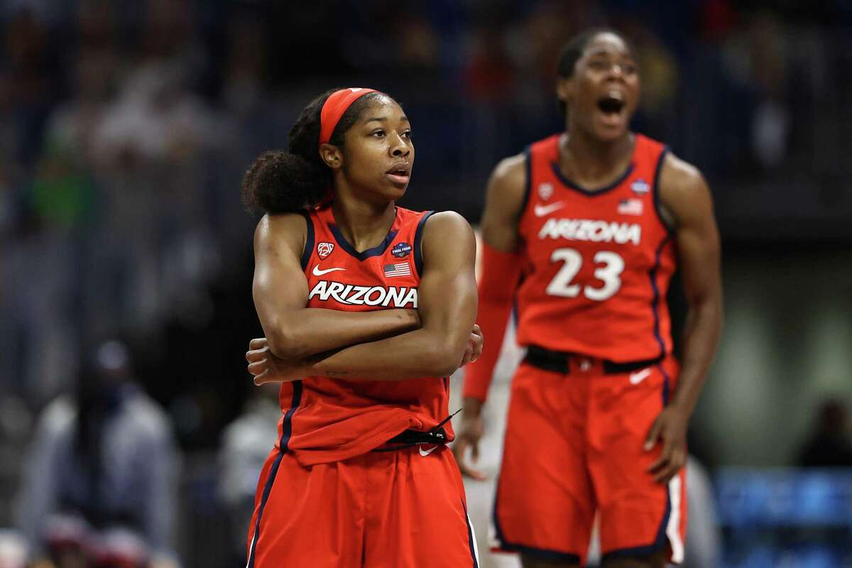 Aari McDonald (2)of the Arizona Wildcats celebrates with teammates after beating UConn in the NCAA semifinals.